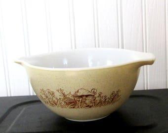 Vintage Pyrex Forest Fancies Pattern 750 ml Mixing Bowl 441