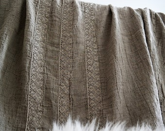 LINEN BEDSPREAD. Linen bedspread with three French lace. Washed and softened. Made by MOOshop.*98