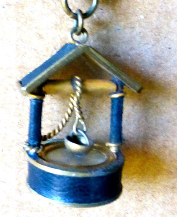 Vintage 1930s French Novelty Wishing Well Compass