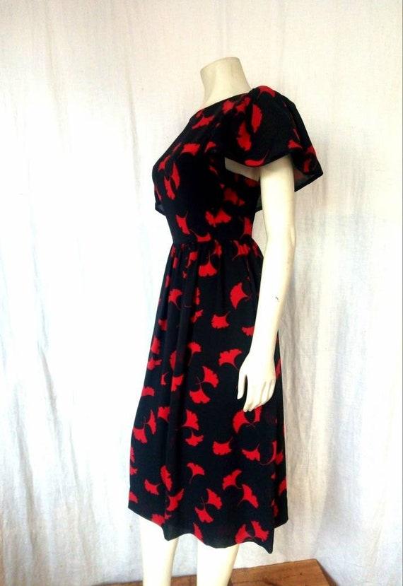 70s Albert Nipon Dress - image 4