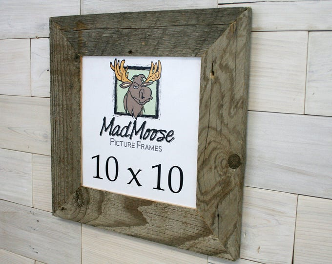 """10x10 Barn Wood Picture Frame - Classic 3"""""""