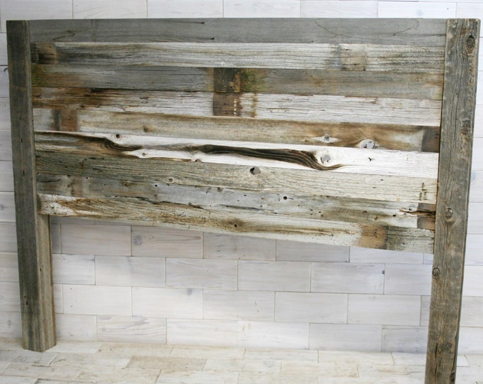 Barn Wood Headboard with Posts | all bed sizes | Texture Horizon Design