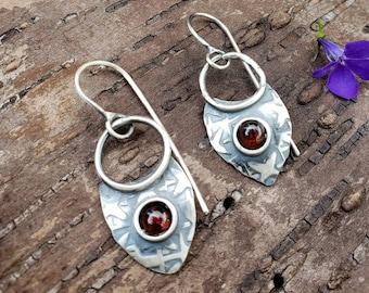 Garnet Earrings, Red Garnet Earrings, Shield Earrings, Silver Shield Earrings, January Birthstone Earrings, Birthstone Earrings, Red Gems