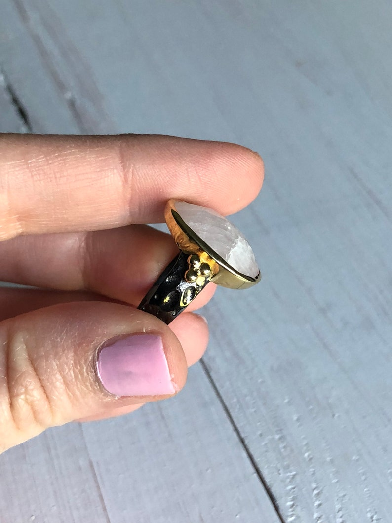 Gorgous Unique Gun Metal /& 14k Yellow Gold Plated Sterling Silver 925 Two Tone Rainbow Moonstone Faceted Teardrop Gemstone Statement Ring
