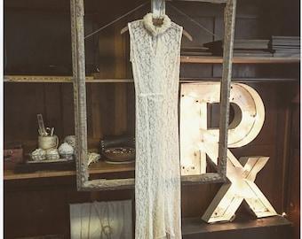 1930s stunning lace dress