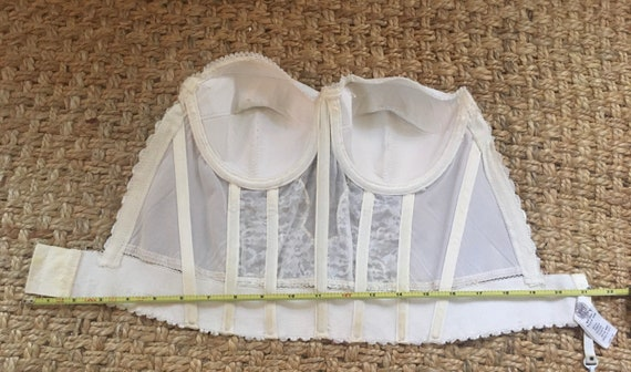Vintage lace bustier / corset - image 6