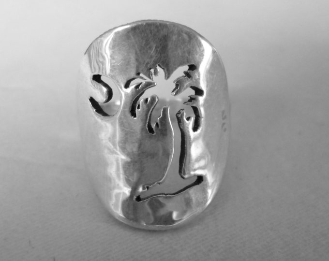 Palm Tree ring quarter size solid back