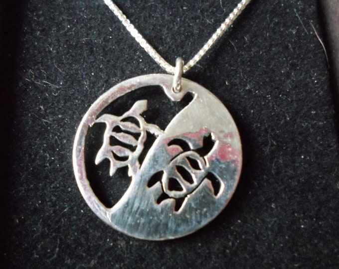 Reflection necklace quarter size two sea turtles w/ sterling silver chain