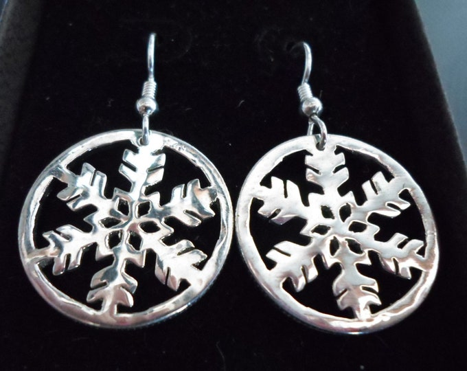 Snowflake earrings quarter size w/rim