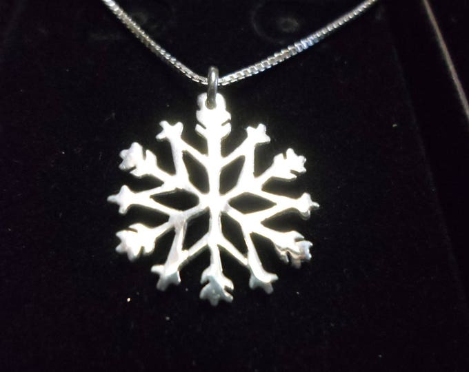 Snowflake necklace dime size w/ sterling silver chain
