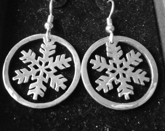 Snowflake  quarter size earrings w/rim