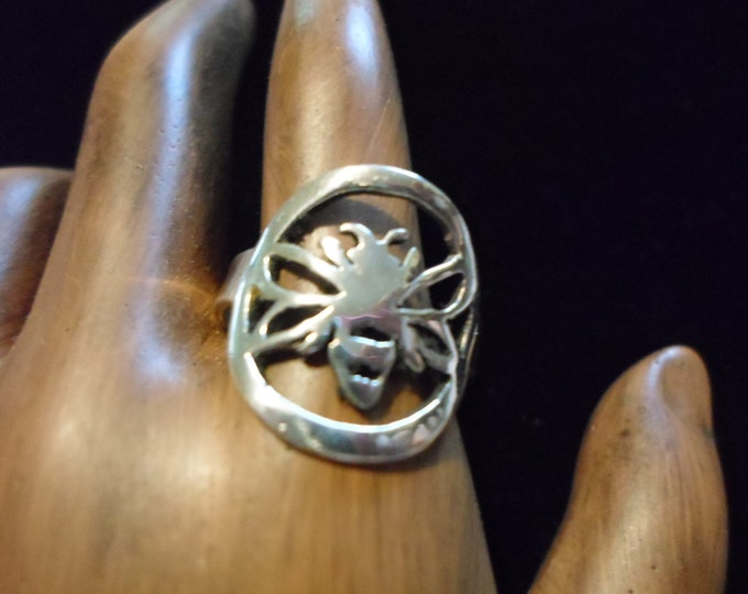 Bee ring dime size