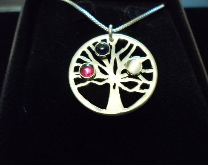 mothers tree w/4 mm cabochons w/sterling silver chain