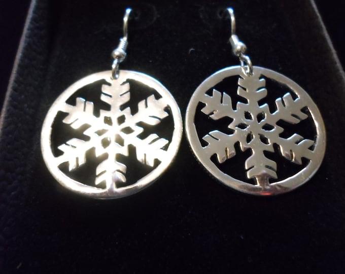 snowflake dime size earrings w/rim