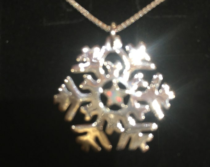 Star opal snowflake necklace w/sterling silver chain quarter size
