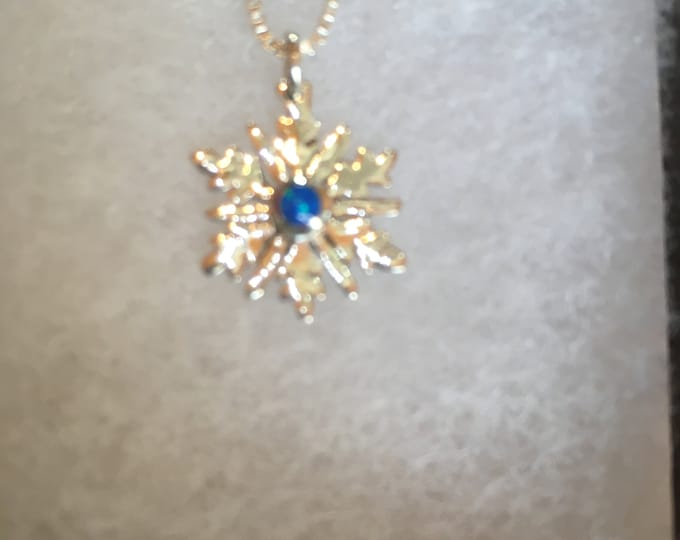 Snowflake necklace w/blue opal w/sterling silver chain