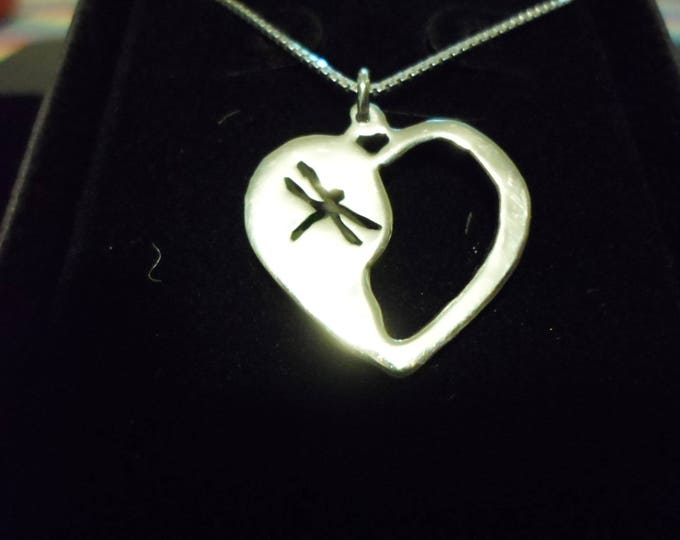 dragonfly heart necklace w/sterling silver chain quarter size
