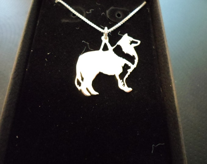 any breed necklace w/sterling silver chain large 25mm-20mm