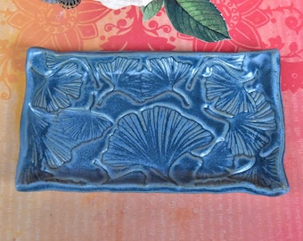 Blue Ginkgo Leaf Small Oval Plate