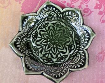 Mandala spoon rest. Mandala ring holder. Tea bag rest. Lotus ring holder. Lotus flower spoon rest. Ring holder. Mandala ring plate.
