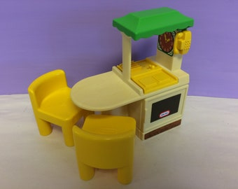 Vintage Little Tikes, Miniature Toy Kitchen, Dollhouse Furniture Miniature,  Yellow Chairs, Cute Small Kitchen Toy, 1990s Toys, Vintage Toys