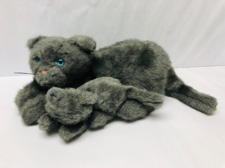 New In Gift Box MERVYNS CAT FASHION PIN