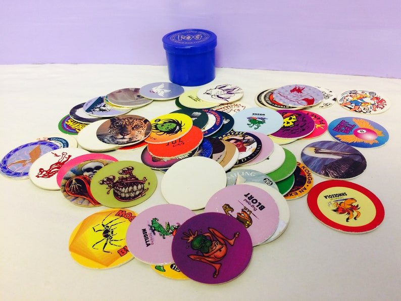 Vintage Pogs, 1990s Pogs Game, Cool Poison Skeleton Pogs, 1990s Pop  Culture, 90s Collectible, with Container, Gift Exchange, Cool Stuff