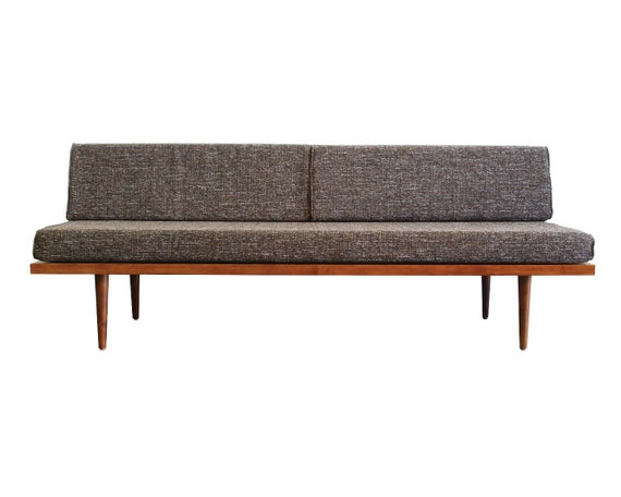 Strange Mid Century Modern Daybed Casara Modern Classic Daybed Alphanode Cool Chair Designs And Ideas Alphanodeonline