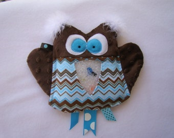 blue & brown OWL I Spy bag, plush and cuddly, get the wiggles out, sensory toy, quiet game
