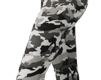 SALE! Grunge Gray Camo Printed Leggings - PLUS Size TOO!!