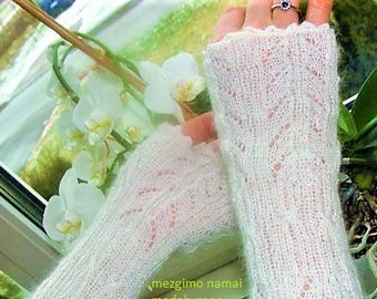Knitted white Wrist warmers