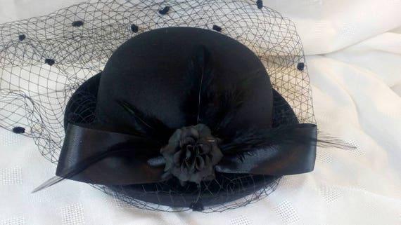 Rosa Mini Cappello Fascinator Con modisteria Burlesque Matrimonio Nubilato Costume