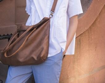 Women Shoulder Bag, Brown Leather Tote bag, Weekend Bag, Soft Leather Purse, Oversize Urban  Handbag, Compartment Overnight Bag, Weekend Bag