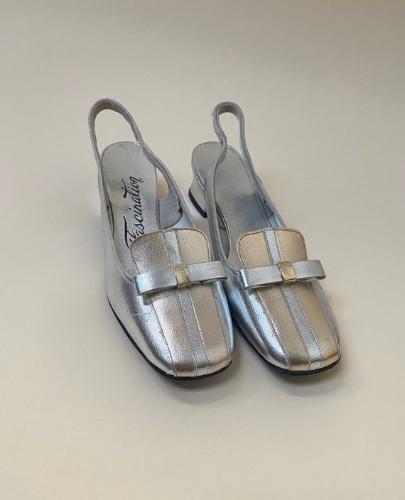 Vintage 1960's Silver Mod Shoes Women's Size 5.5