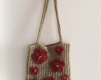 Casual tote w/ flowers