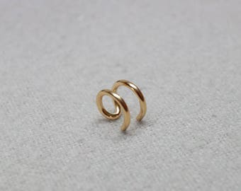 Gold Wire Ear Cuff/ Sterling Silver, 14k Gold or Rose Gold Filled No piercing Ear Cuff/ Cartilage Earring/ Handmade Earring