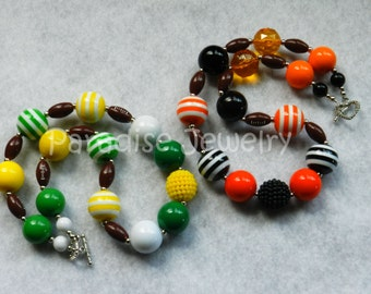 Football Necklace Chunky Bubblegum Necklace Team Spirit Chunky Bead Necklace 49ers Football Packers