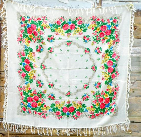 Fringed shawl Vintage ukrainian shawl Boho wedding
