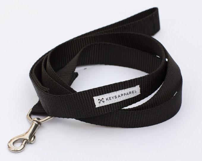 The Standard Dog Leash
