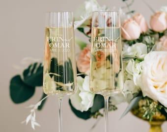 Personalized Vera Wang Metropolitan Champagne Glasses (Set of TWO) Pair Custom Engraved Toasting Flutes, Custom Wedding Gift