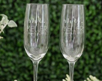 Personalized Wedding Toasting Flutes (Set of TWO) Custom Engraved Vina Champagne Flutes, Personalized Wedding Gift, Bridal Shower Gift