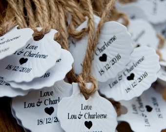 10x Personalised Embossed Shell Wedding Favour Tags/Gift Tags