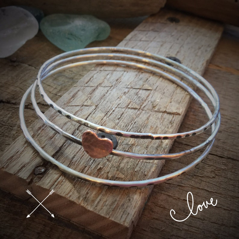 Sterling silver skinny bangle bangles trio set of 3 with copper heart Rustic oxidized Hammered  textered stacking bracelets