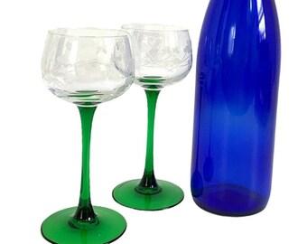 Pair Vintage Shamrock & Harp Etched Wine Glasses w/ Green Stem - Set of 2 Green Stem Clear Bowl with Etched Irish Ireland Motif - St Patrick