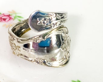 Vintage Spoon Ring 1970s Retro Floral Flower Pattern Ring