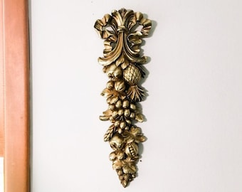 Vintage Gold Syroco Wall Hanging Mid Century Ornate Hollywood Regency Wall Home Decor