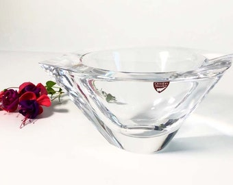 Orrefors Sweden Heavy Marin Crystal Centerpiece Bowl - Signed - Designed by Jan Johansson - 8 1/4 inch Medium Size Heavy Crystal Centerpiece