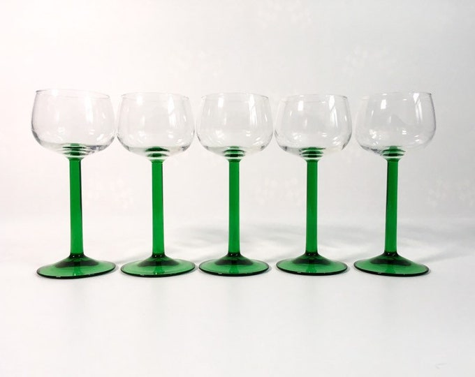 5 Vintage / Retro Wine Glasses w/ Green Stem - FRANCE Riesling Glasses Luminarc - Clear Bowl Green Stems - Stemware - Mid Century
