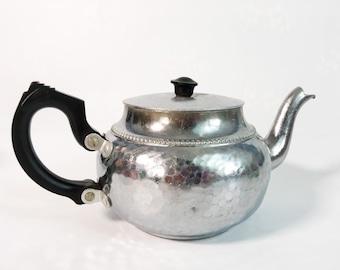Vintage N C Joseph SonA Hammered Aluminum Coffee Pot - Compact Art Deco Style - Retro Kitchen Ware STRATFORD-ON-AVON England J. 528