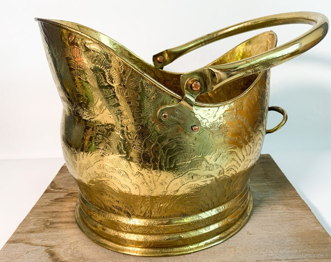 Vintage Brass Coal Wood Scuttle / Ash Bucket Made in England - Ornate Fire Bucket w/ Copper Studs & Movable Handle Fireside Home Decor